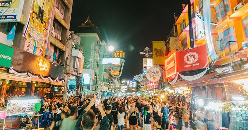 Nattliv - klubbar och barer i Bangkok