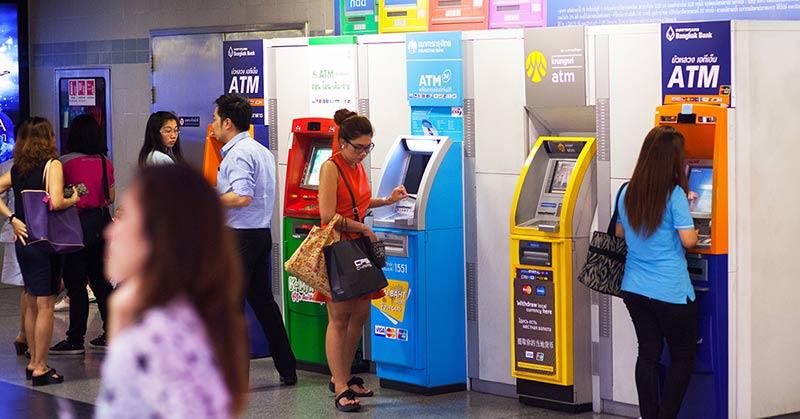 Pengar i Bangkok - kort eller kontanter?